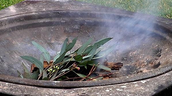 australia-day-smoking-ceremony-5e127b117