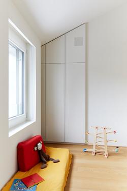 Kinderzimmer Schrank