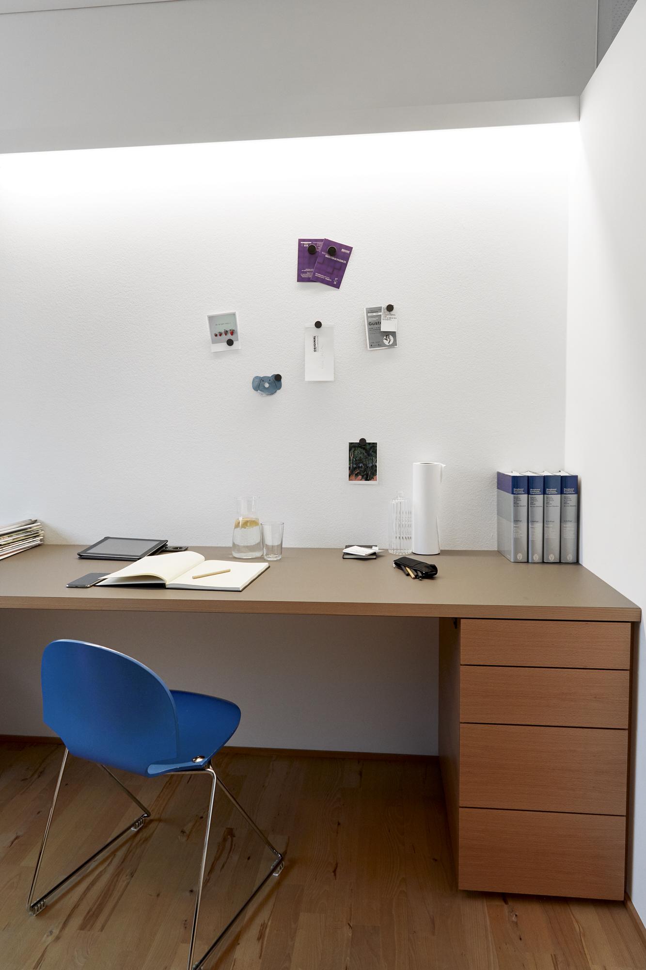 Schreibtisch Holz