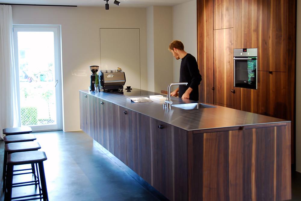 Massivholzküche / massive wood kitchen / Wolfgang Lässer
