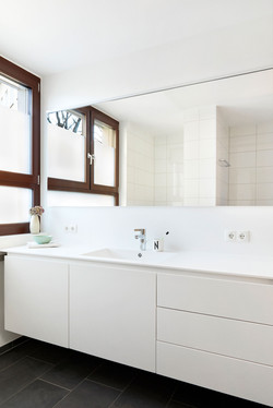 Badezimmer weiß