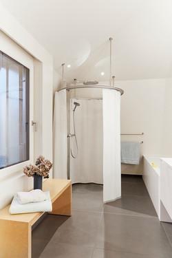 Freistehende Dusche