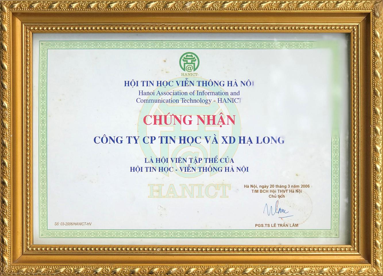 Thành viên hội điện tử viễn thông Hà Nội