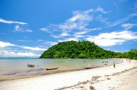 Stunning beach in Befotaka Bay, in Nosy Be island