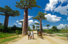 Family photo by the Avenue of Baobabs