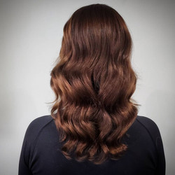 Brown Waves Hairstyle - Liv Hair - Calga