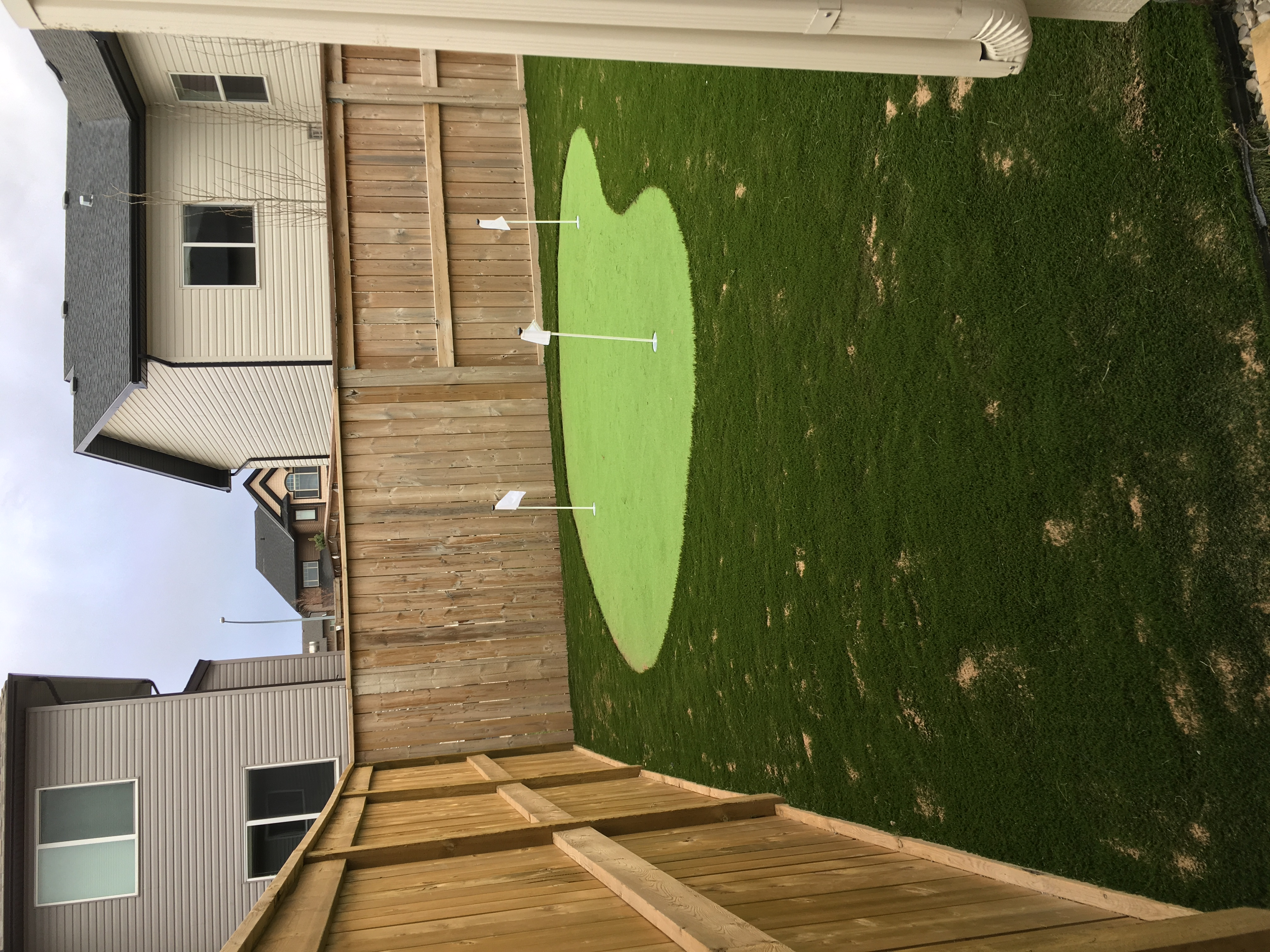 Strathmore Artificial Turf and Putting Green