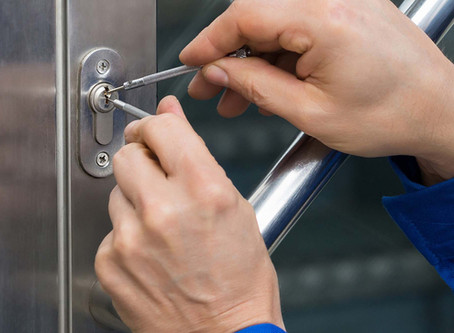 How much is a locksmith service call in Calgary?