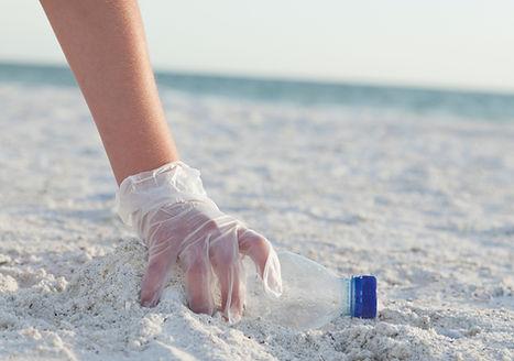 Rengjøring av stranden