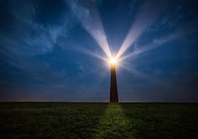 lighthouse-2611200_1920.jpg
