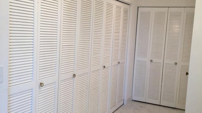 J - Large Master Bedroom Closets