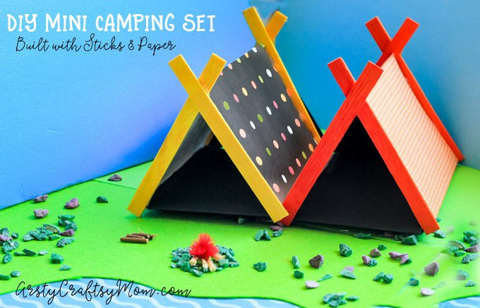 DIY mini camping set with sticks and paper