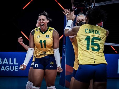 Brasil vira sobre a Itália, depois de pane no primeiro set, e vence a quinta na Liga das Nações