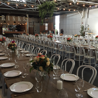 Long table wedding.png