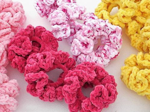Velvet Scrunchie Crochet Pattern