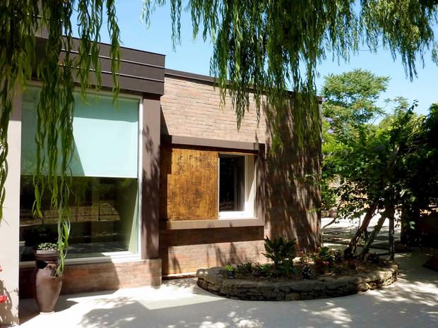 ASCANIO HOUSE