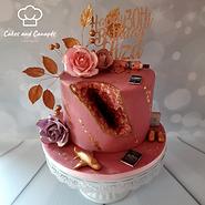 Geode Cake.png