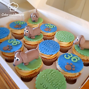 Daschund Cupcakes.png