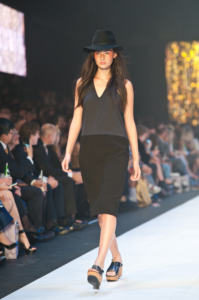 Premium Runway One- Kuwaii-10.jpg