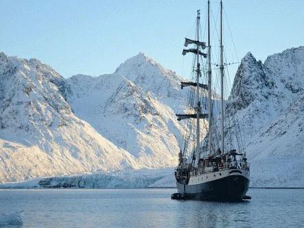 Angela Gilmour is awarded the prestigious Arctic Circle Residency