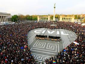 L'UE donne deux mois à la Hongrie pour changer sa loi sur les ONG