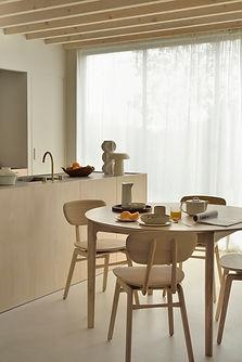 51527_Oak_Bok_round_extendable_dining_table_50664_Oak_Pebble_chair_2_WEB.jpg