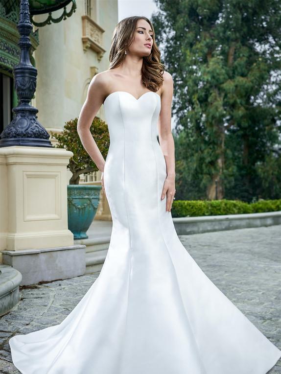 Jasmine Bridal F221054