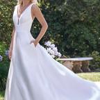 bridal-dresses-F221003-2.jpg