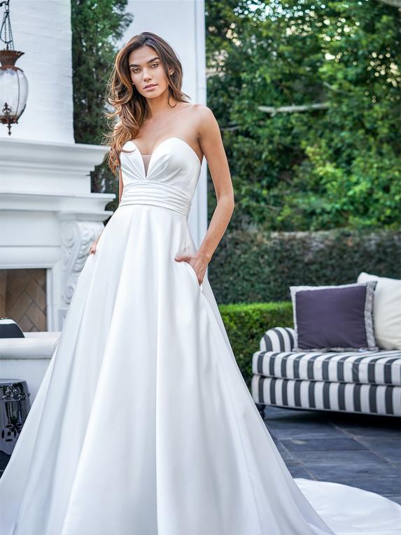 Jasmine Bridal F221056