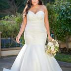 bridal-dresses-F221053N-F.jpg