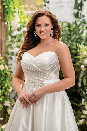 bridal-dresses-F181008-1.jpg