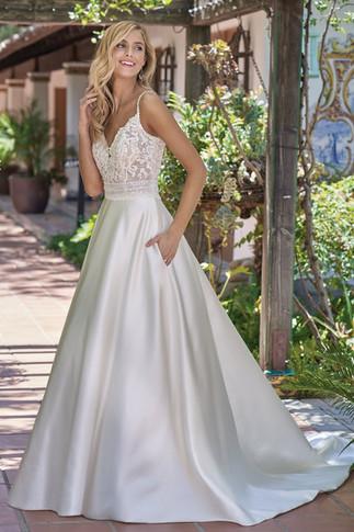 bridal-dresses-F211004-F.jpg