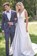 bridal-dresses-F221003-F_xs.jpg