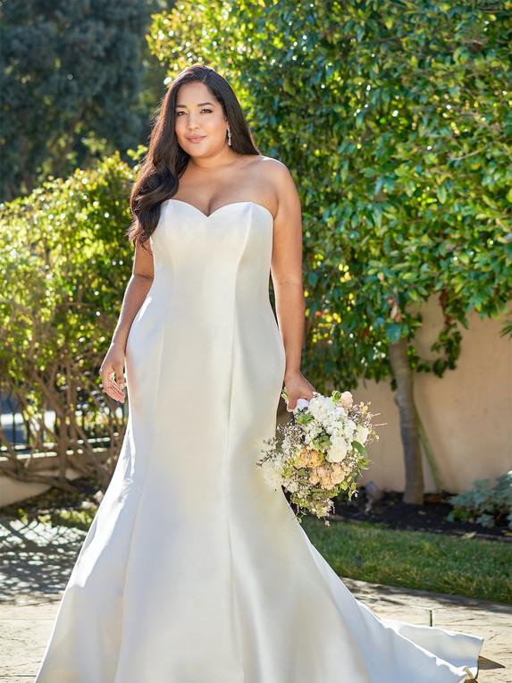 Jasmine Bridal F221054N