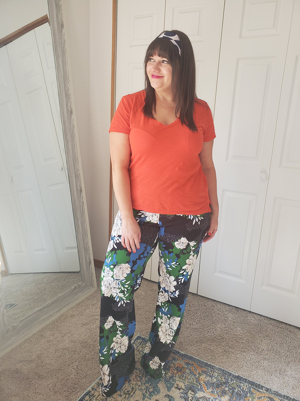 floral pant outfit inspiration