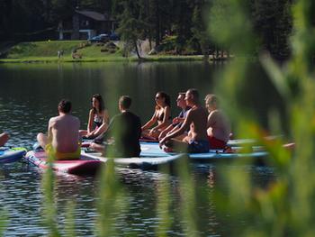 yoga-paddle-lac