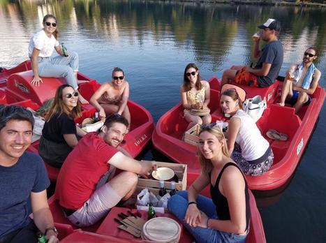 teambuilding-suisse-activité-groupe-anniversaire-fondue-pedalos