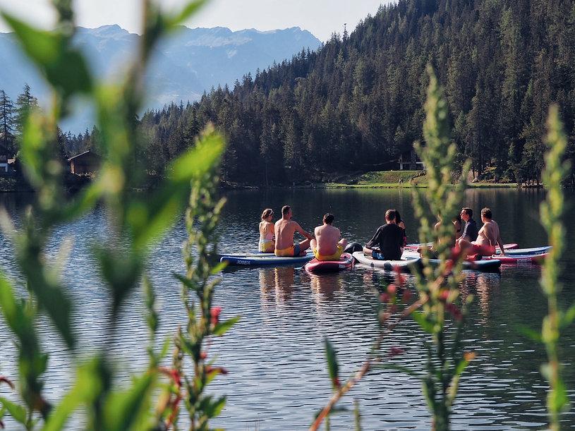 yoga-paddle-suisse-groupe-sup-champex-activité