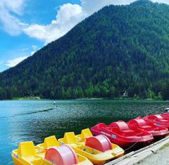 pedalos-champex-lac-alpes-suisse-activité-famill