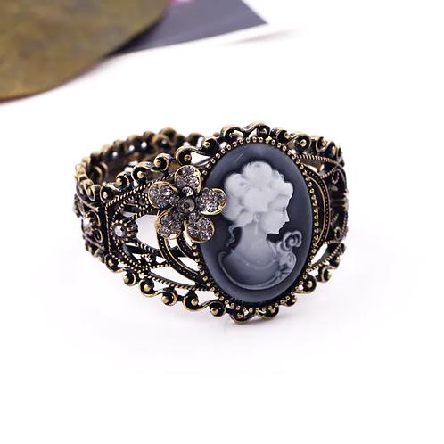 Vintage Gold Design Cameo Cuff Bracelet