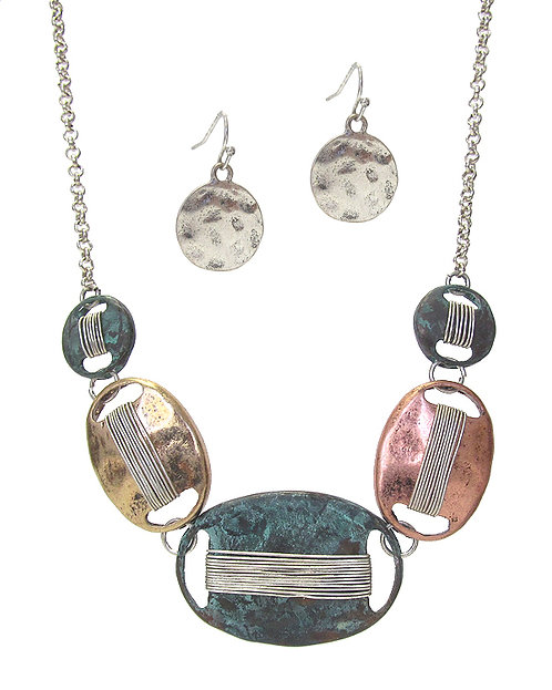 Hammered Metal Necklace Set