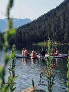 yoga-paddle-sup-evjf-evg-groupe-activité-orginiale-suisse-valais