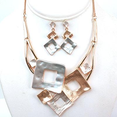 Multi Tone & Texture Square Necklace