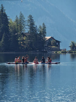 yoga-paddle-lac-suisse-valais-champex-evjf-groupe-teambuilding