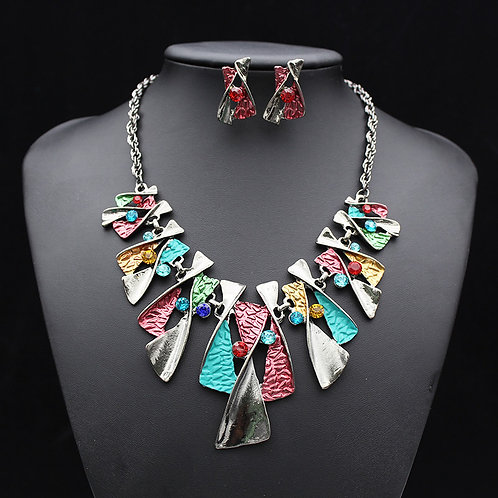 Multicolor Patterned Necklace Set