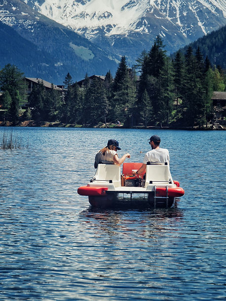 fondue-romantique-weekend-couple-fondue-pedalo-lac