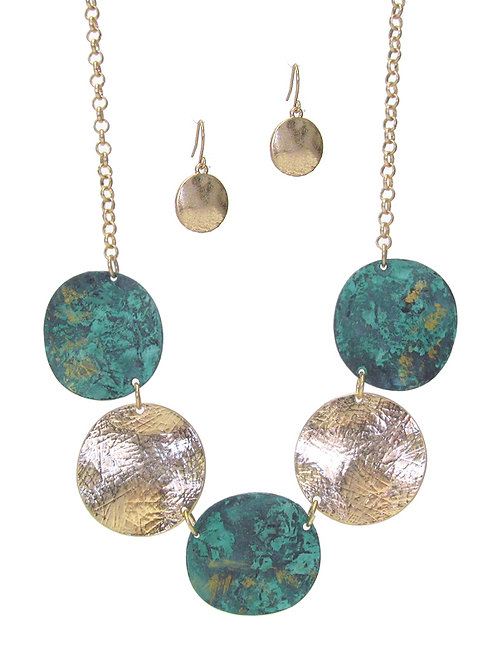 Hammered Disc Necklace Set