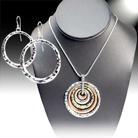 Gold & Silver Tone Circle Necklace