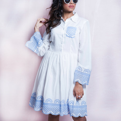 Women White & Blue Collared Dress