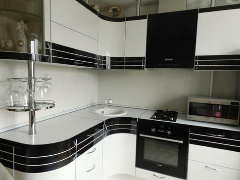 Кухня радиусная фото